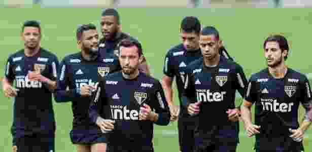 Nenê durante o treino do São Paulo, que vai encarar o Vitória nesta sexta-feira - Marcello Zambrana/AGIF
