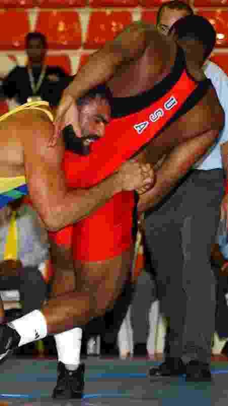 Antoine Jaoude enfrenta Daniel Cormier o Pan de 2003 - Washington Alves/COB