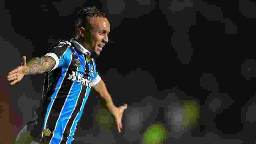Everton Cebolinha é o jogador mais valioso da Libertadores-2020 - Thiago Ribeiro/AGIF