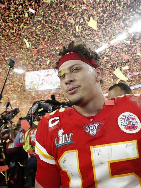 Patrick Mahomes comemora título do Kansas City Chiefs no Super Bowl 54 - REUTERS/Shannon Stapleton