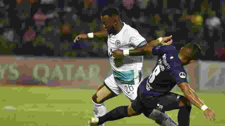 Partida entre Sol de América e Goiás pela Copa Sul-Americana - NORBERTO DUARTE / AFP