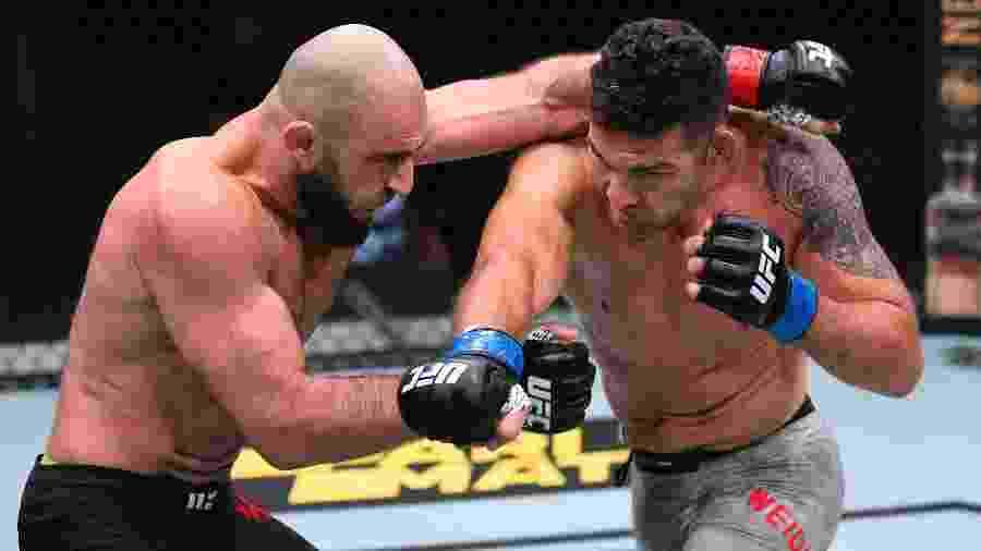 Chris Weidman luta com o russo Omari Akhmedov no UFC de Las Vegas - Chris Unger/Zuffa LLC