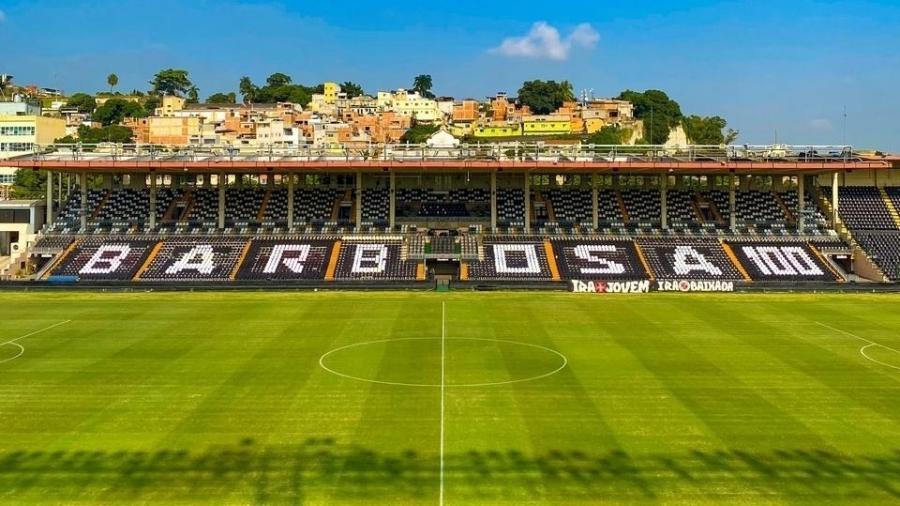 Vasco exibiu mosaico no setor social de São Januário homenageando o centenário de Barbosa - Divulgação / Twitter do Vasco