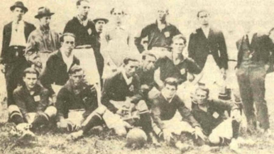 Primeiro jogo do Cruzeiro, que foi fundado com o nome de Palestra Itália, aconteceu há exatos cem anos - Divulgação/Cruzeiro
