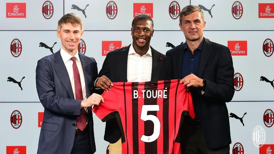 Milan contrata Ballo-Touré - Reprodução/Twitter