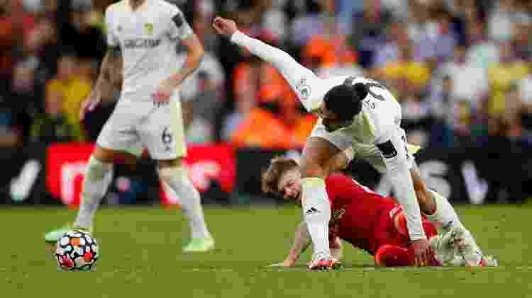 Harvey Elliott, joia do Liverpool, se machucou após entrada dura de Struijk - Lee Smith/Reuters - Lee Smith/Reuters