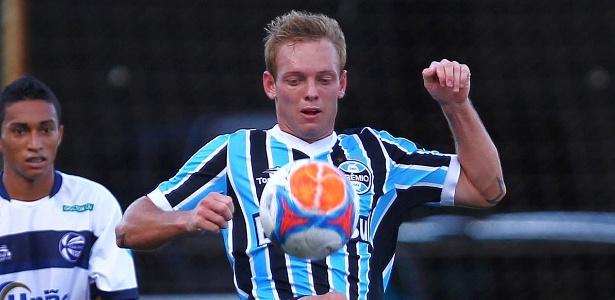 Moisés, 23 anos, tem contrato com o Grêmio até o final da temporada