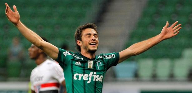 Hyoran tem sido pouco aproveitado no Palmeiras e interessa ao Flu - Daniel Vorley/AGIF