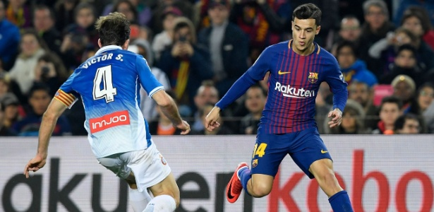 Philippe Coutinho em ação em sua estreia pelo Barcelona - AFP
