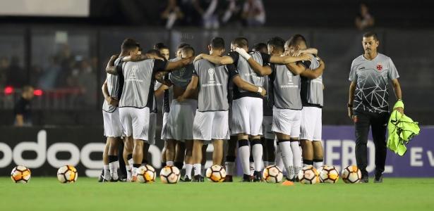 Vasco pega o Vitória em situação delicada na tabela do Brasileiro