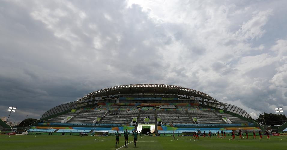 Estádio Bezerrão, em Brasília, recebe neste domingo Brasil x México pela final da Copa do Mundo sub-17