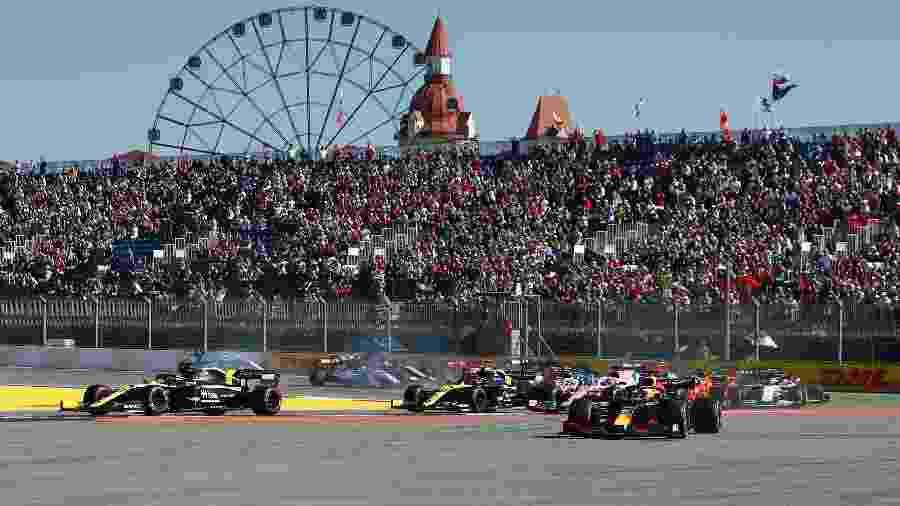 GP da Rússia teve a entrada de 30 mil torcedores permitida - Maxim Shemetov/Reuters