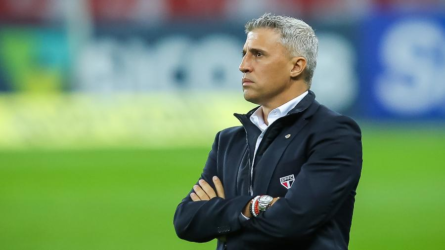 Crespo teve que alterar escalação do São Paulo para jogo diante do Bahia por diversos fatores - Pedro H. Tesch/AGIF