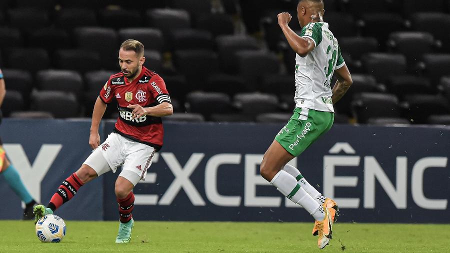 Chapecoense vem de derrota por 2 a 1 para o Flamengo, no Maracanã - Thiago Ribeiro/AGIF