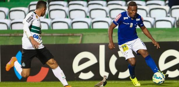 Lateral foi contratado em 2014, mas nunca conseguiu se firmar no Cruzeiro