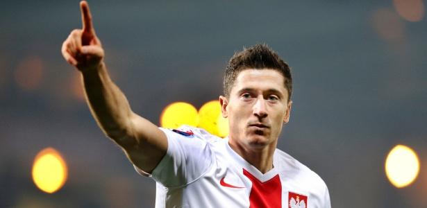 Diretoria recusou oferta do Real em abril, desagradando o atacante polonês - Russell Cheyne/Reuters