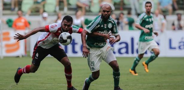 Alecsandro se mostrou otimista com a classificação do Palmeiras na Libertadores - Julia Chequer/Folhapress