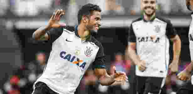 Zagueiro vive sua primeira temporada como titular - Ricardo Nogueira/Folhapress