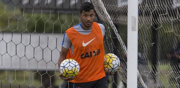 Zagueiro Yago soma dois gols em 53 partidas oficiais pelo Corinthians