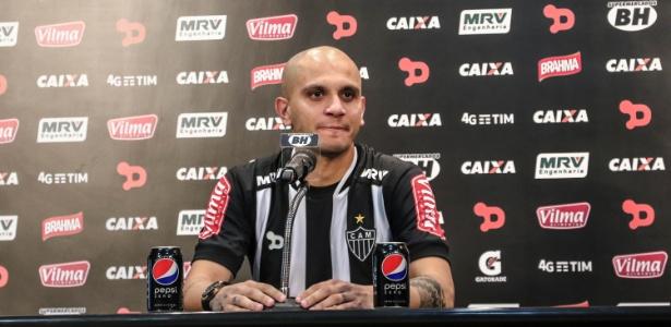 Fábio Santos, lateral esquerdo do Atlético-MG