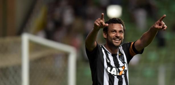 Artilheiro do Brasileiro em 2012 e 2014, Fred está na liderança mais uma vez