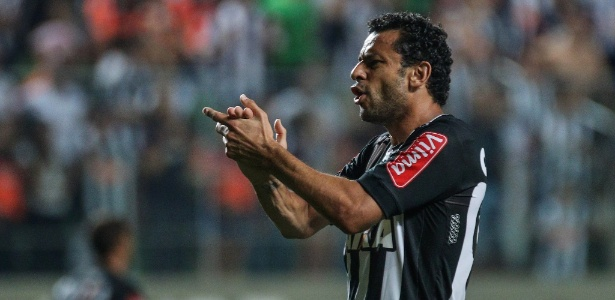 Fred marcou um dos gols da vitória sobre o Inter em jogo do Brasileirão