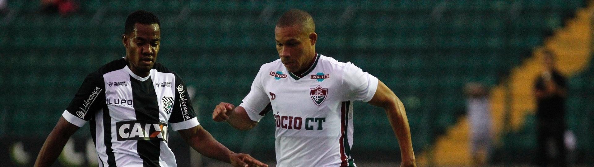 Lance do jogo entre Figueirense e Fluminense