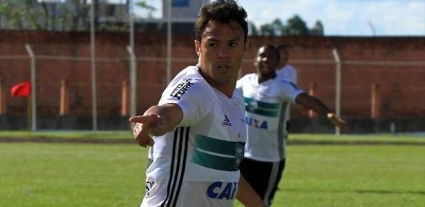 Kléber criticou indefinições no Campeonato Paranaense