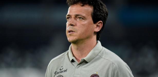 Fernando Diniz não resistiu aos resultados ruins e foi demitido do Atlético-PR