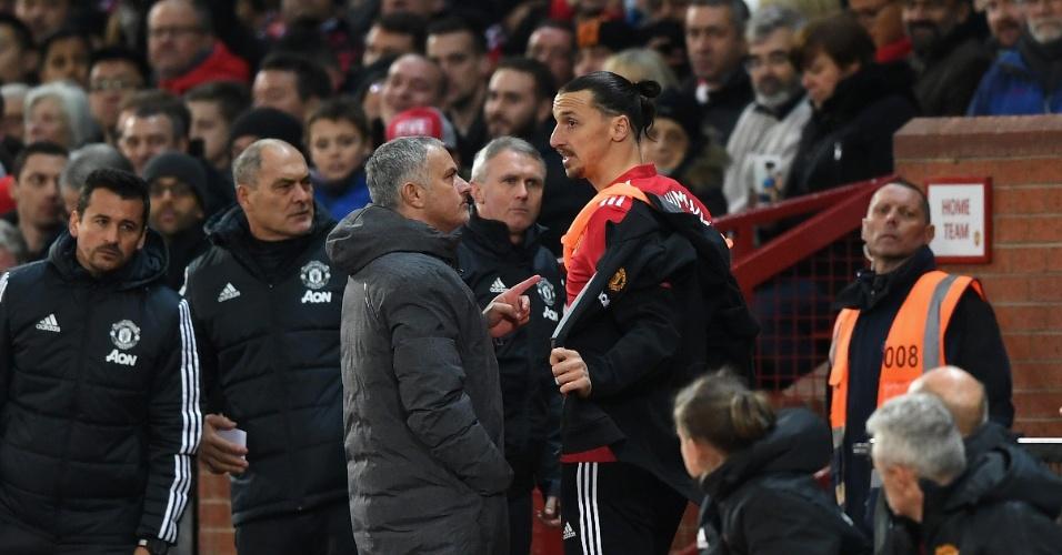 Ibrahimovic e Mourinho trabalharam juntos no Manchester United e foram campeões da Liga Europa da temporada 16-17