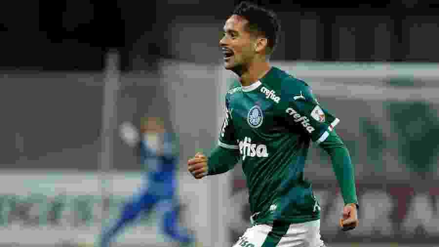 Gustavo Scarpa comemora gol do Palmeiras contra o San Lorenzo no Allianz Parque - Daniel Vorley/AGIF
