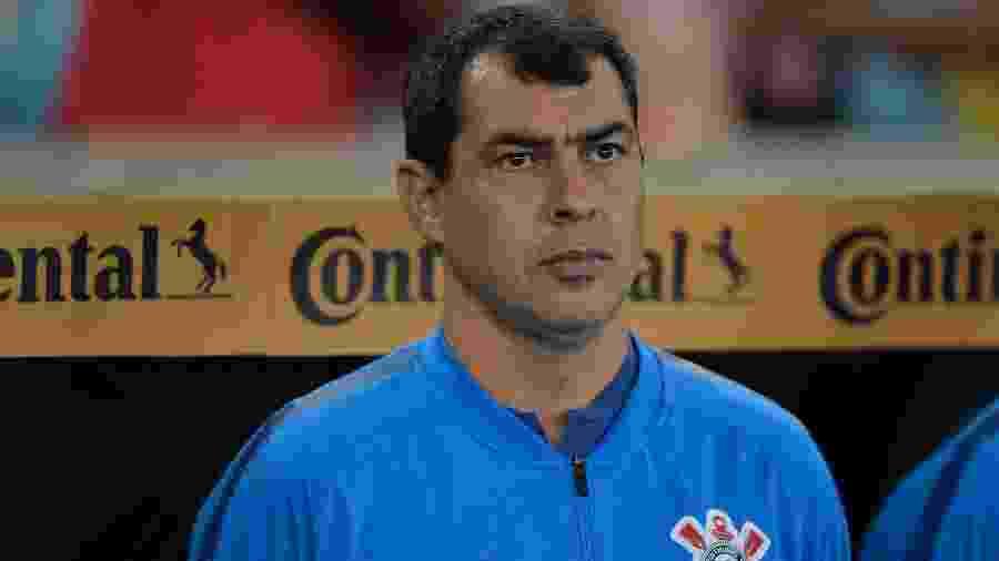 Fábio Carille disse que o time repleto de meninos foi um motivos da derrota em casa  -     Thiago Ribeiro/AGIF