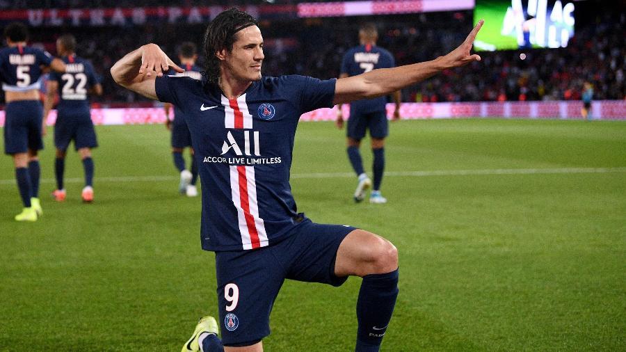 Estrela do Paris Saint-Germain, Edinson Cavani foi especulado como um possível reforço do Flamengo - FRANCK FIFE/AFP
