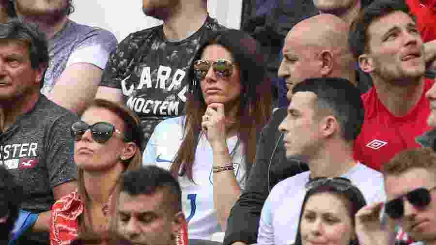 Coleen Rooney (de vermelho) e Rebekah Vardy (de branco), durante jogo da Eurocopa de 2016 - Jean Catuffe/Getty Images