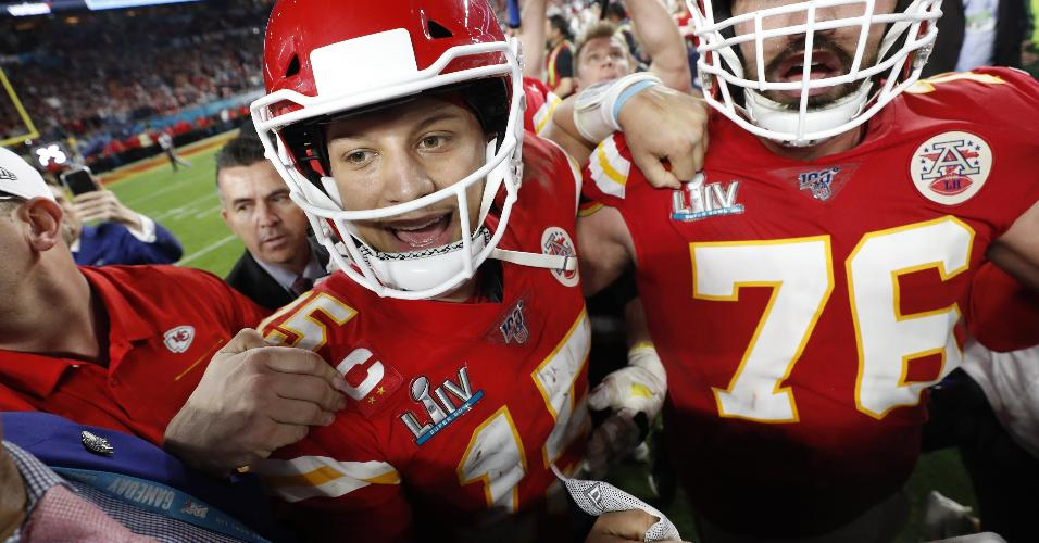Kansas City Chiefs comemora a vitória no Super Bowl 54