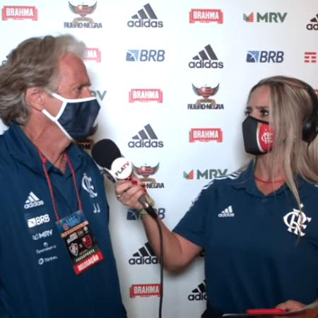 Luana Trindade, repórter da FlaTV, entrevista Jorge Jesus - Reprodução Fla TV