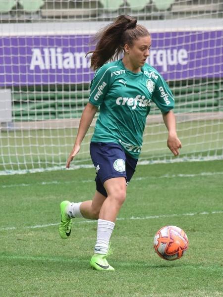 A meia-atacante do Palmeiras, Stefany Krebs - Arquivo Pessoal