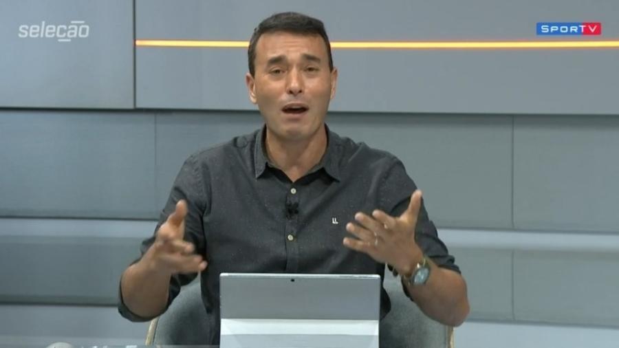 Rizek rebate seguidor sobre ter tomado a CoronaVac - Reprodução/SporTV