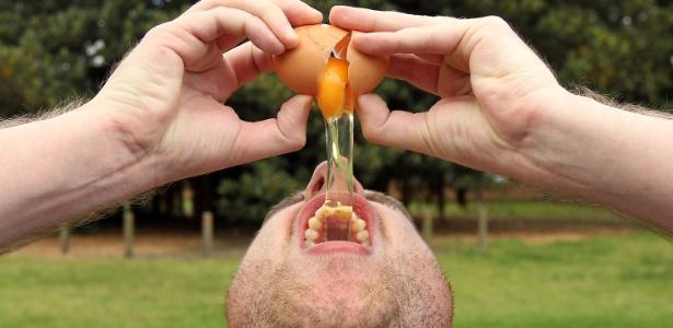 Ao contrário do que muitos pensam, consumir um ovo por dia pode ser considerado um hábito saudável - mas é preciso saber como prepará-lo