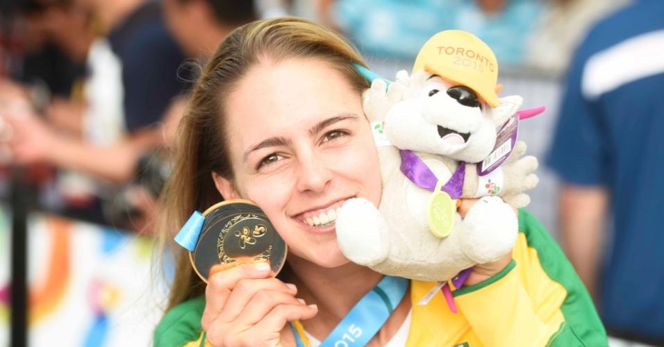 Patricia Freitas ganhou medalha de ouro na categoria WindSurf RSX da vela