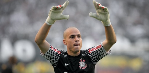 Revelado pelo Corinthians, Júlio César defendeu o Náutico por 3 temporadas