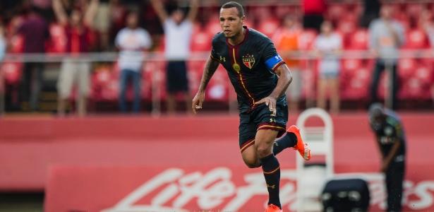 Último clube do Brasil em que Luís Fabiano atuou antes da China foi o São Paulo
