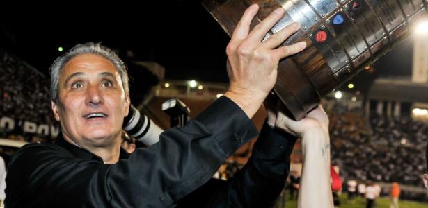 Tite na comemoração da Libertadores; título há 5 anos mudou percepção sobre o técnico
