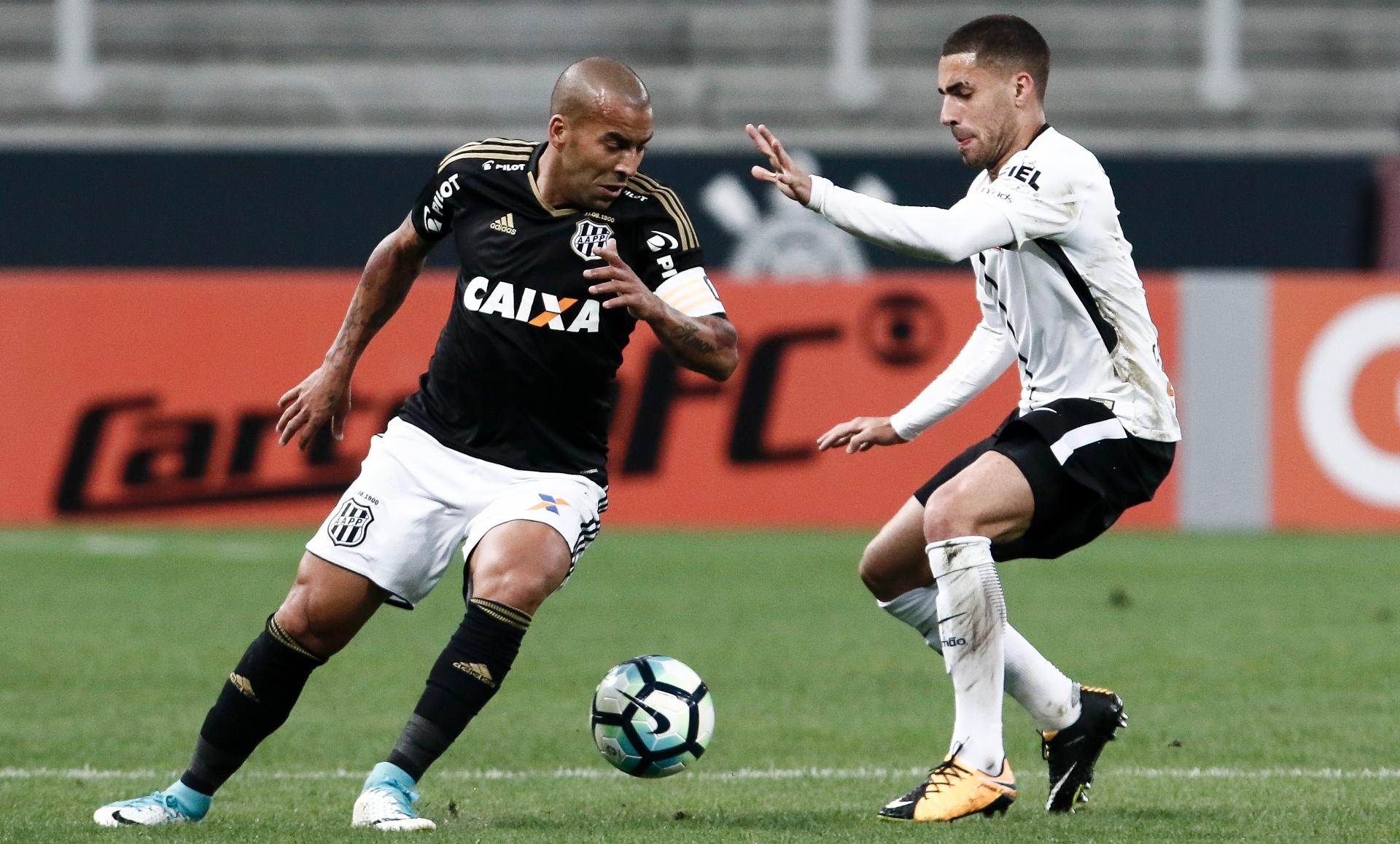 Sheik manda parabéns ao amigo Fábio Carille pela campanha no Corinthians -  31 08 2017 - UOL Esporte 1883b19197001