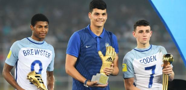 Arqueiro celeste foi eleito o melhor goleiro do Mundial sub-17 do ano passado, na Índia - Dibyangshu Sarkar/AFP