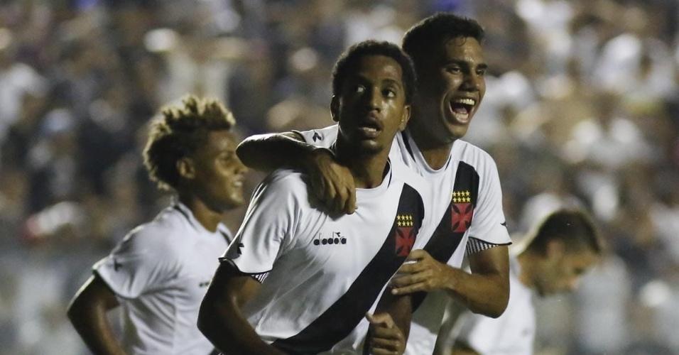9a130ab165 Vasco celebra gol marcado contra o Corinthians na semifinal da Copinha