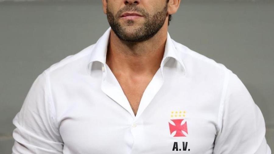 Alberto Valentim tem se mostrado satisfeito com o sistema defensivo do Vasco em 2019 - Carlos Gregório/Vasco