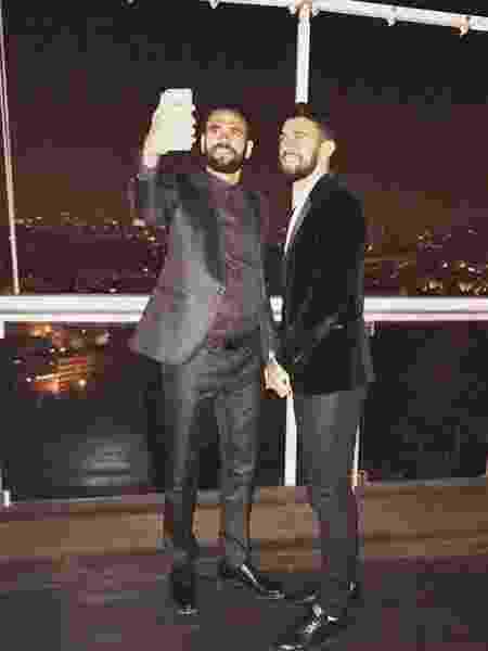Irmãos Castan: Leandro (esq) e Luciano (dir) em momento de turismo na Europa - Reprodução / Instagram