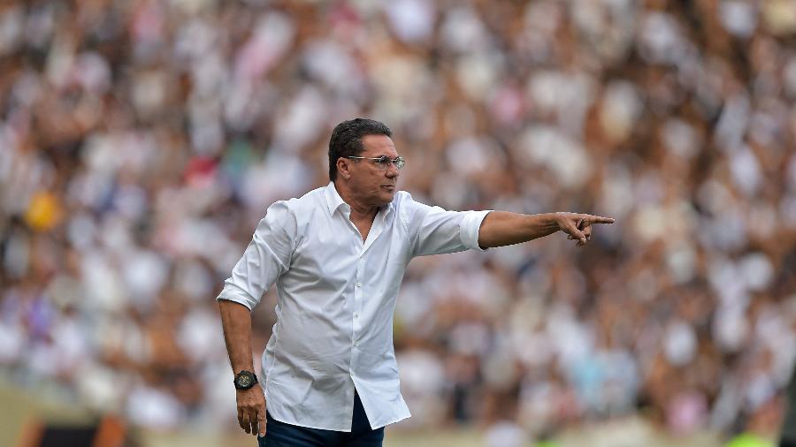Vanderlei Luxemburgo foi contratado como novo treinador do Vasco da Gama - Thiago Ribeiro/AGIF