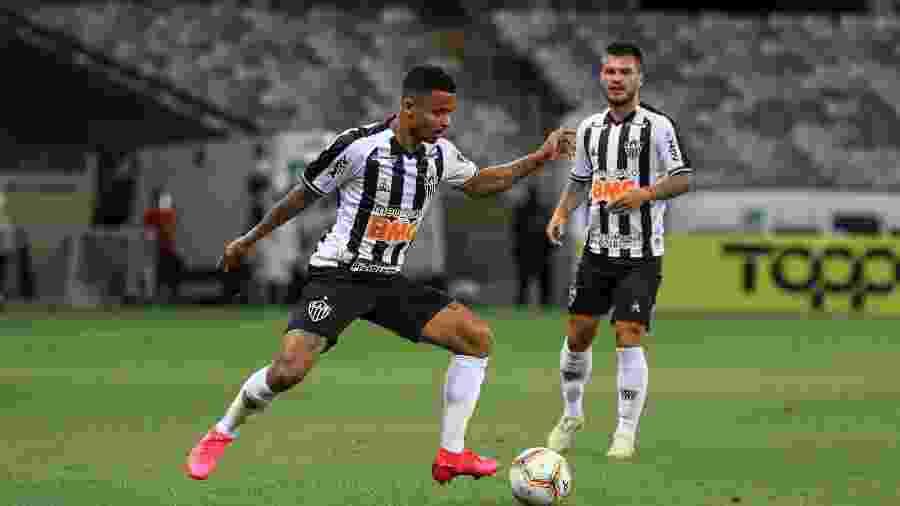 Allan, volante do Atlético-MG, levou o terceiro amarelo e está fora do jogo contra o Bahia - Pedro Souza/Atlético-MG